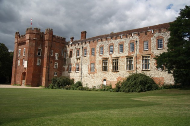 My Wedding Venue Farnham Castle   Levanah Loves